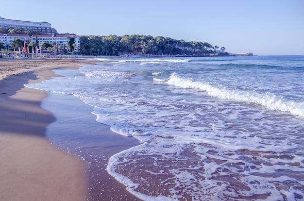 Panoramiczny widok na plażę Premium Zdjęcia