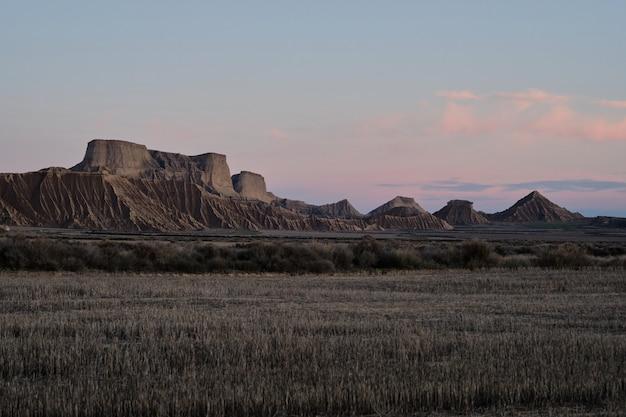 Panoramiczny Z Pustyni Bardenas W Hiszpanii Premium Zdjęcia