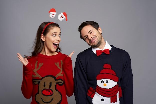 Para Frajerów W Czasie świąt Bożego Narodzenia Darmowe Zdjęcia