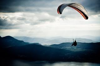 Paralotnia W Niebo Aktywny Darmowe Zdjęcia