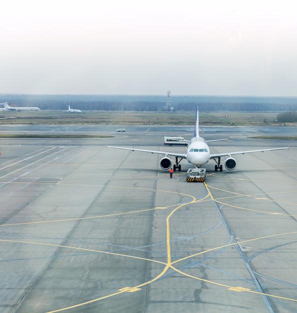 Parkowanie samolotów Premium Zdjęcia