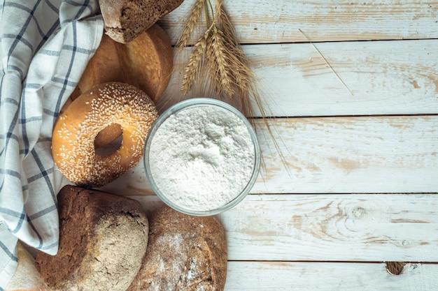 Pieczony chleb Premium Zdjęcia
