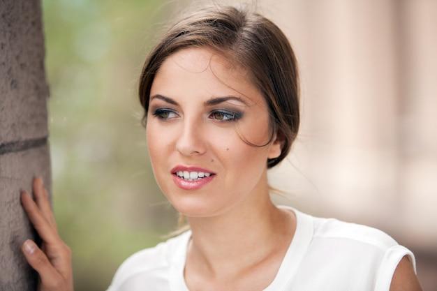 Piękna Caucasian Kobieta Z Makeup Darmowe Zdjęcia