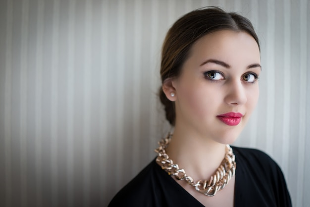 Piękna Dziewczyna Pokazuje Jej Czystego Piękno Premium Zdjęcia