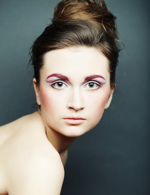 Piękna kobieta z jasny makijaż Premium Zdjęcia