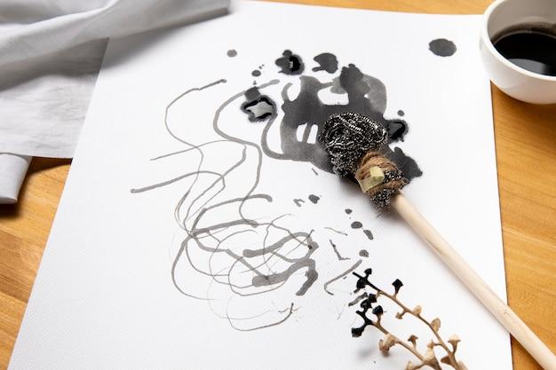 Piękna Koncepcja Sztuki Współczesnej Z Alternatywnymi Pędzlami Darmowe Zdjęcia