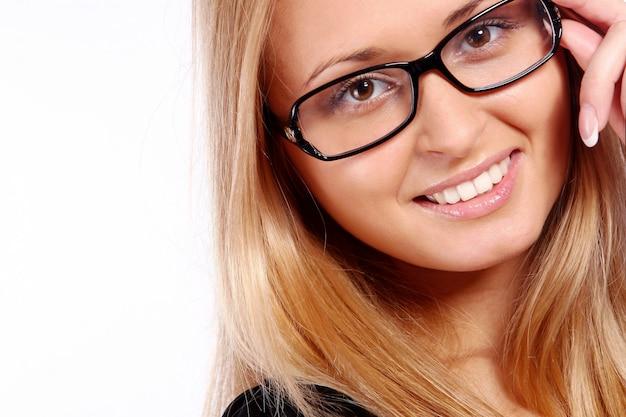 Piękna młoda i atrakcyjna kobieta Darmowe Zdjęcia