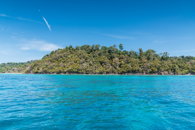Piękne Morze Wyspy Surin Premium Zdjęcia