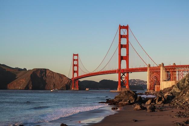 Piękny Strzał W Golden Gate Bridge Darmowe Zdjęcia