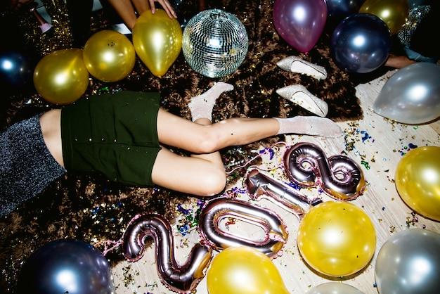 Pijani Ludzie Na Imprezie Premium Zdjęcia
