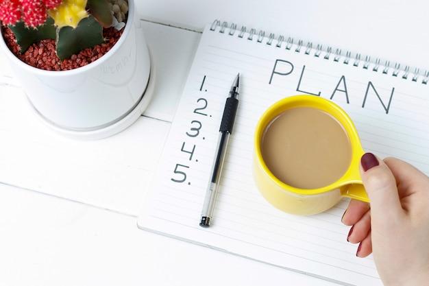 Plan Napisów W Notatniku Premium Zdjęcia