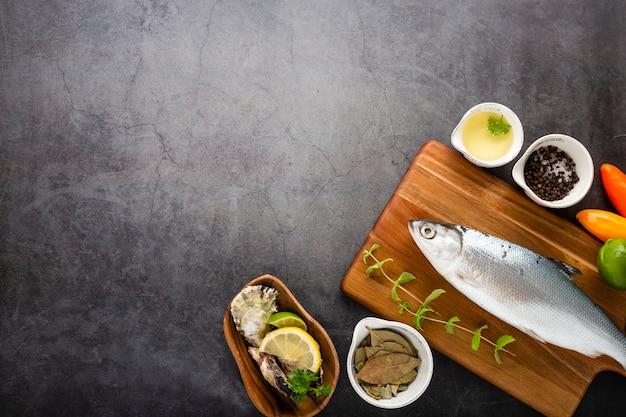 Płaska Rama Z Rybą I Sosem Darmowe Zdjęcia