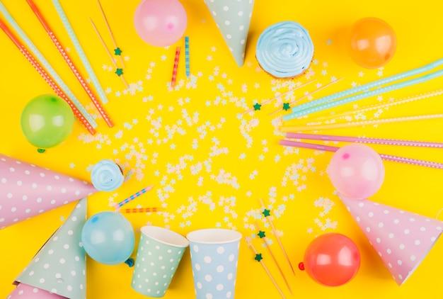 Płaska świecka Kompozycja Urodzinowa Darmowe Zdjęcia