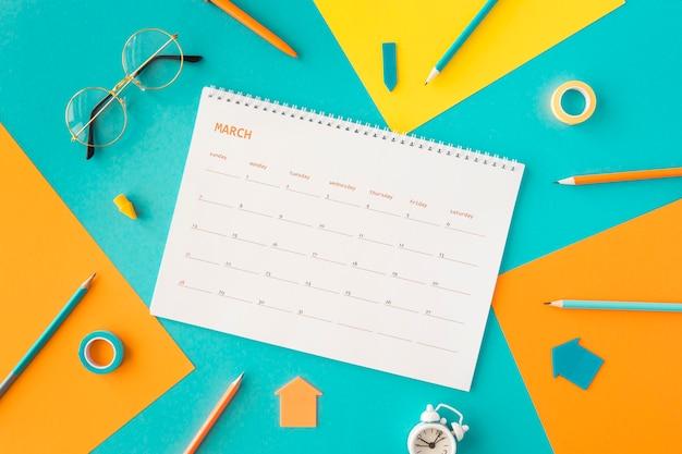 Płaski Kalendarz Planisty I Akcesoria Darmowe Zdjęcia