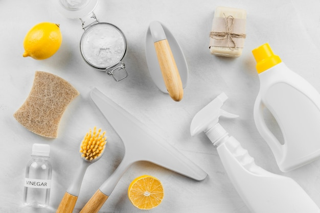 Płaskie Ułożenie środków Czyszczących Z Cytryną I Sodą Oczyszczoną Darmowe Zdjęcia