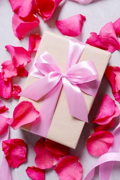 Płatki Róż I Pudełko Darmowe Zdjęcia