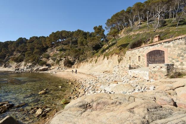 Plaża Cala Roca Bona W Palamos, Costa Brava, Prowincja Girona, Katalonia, Hiszpania Premium Zdjęcia
