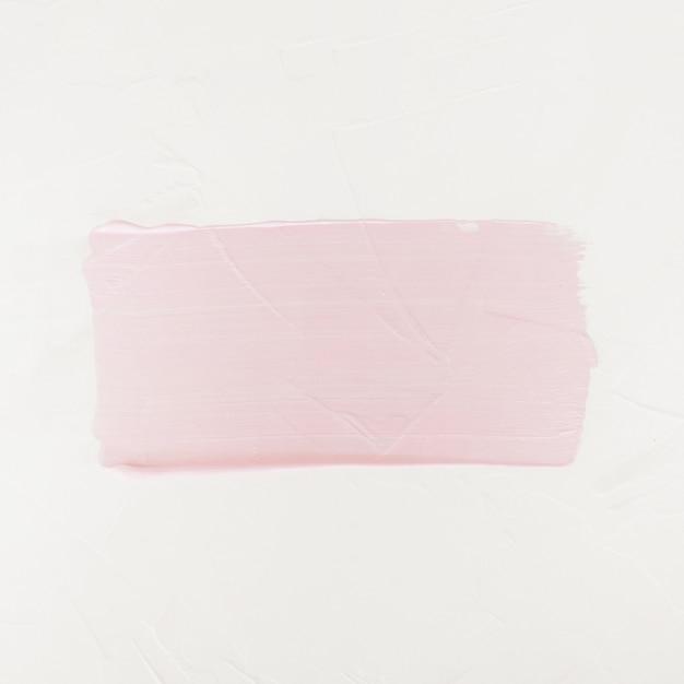 Pociągnięcie pędzlem. farba akrylowa. różowy kolor obrysu pędzla na białym tle Darmowe Zdjęcia