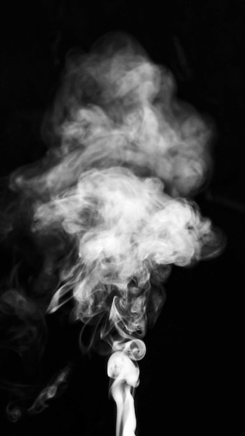 Podnoszenie Dymu Białej Chmury Na Czarnym Tle Darmowe Zdjęcia