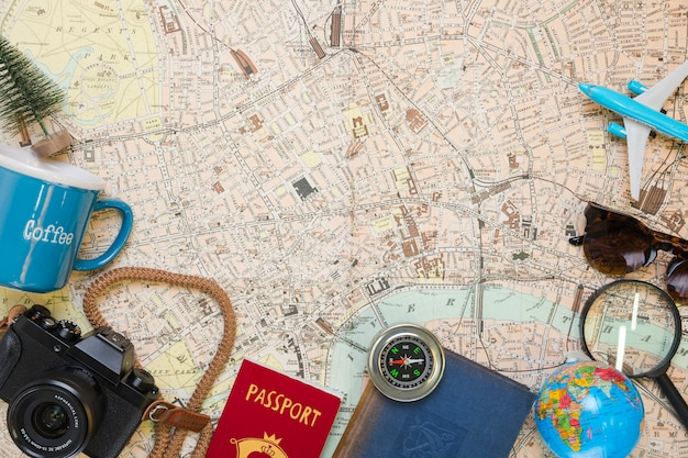 Podróżuj po mapie na mapie Darmowe Zdjęcia