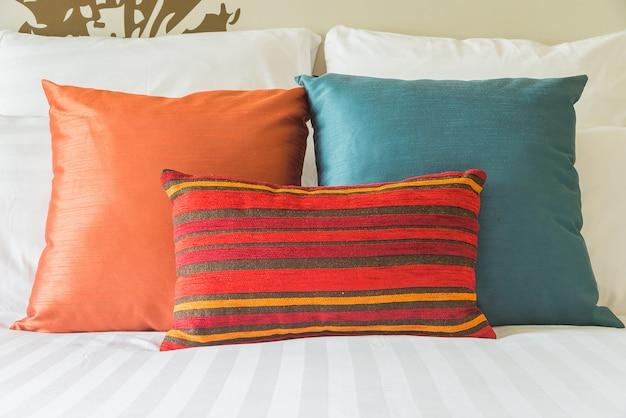 Poduszka Na łóżko Darmowe Zdjęcia