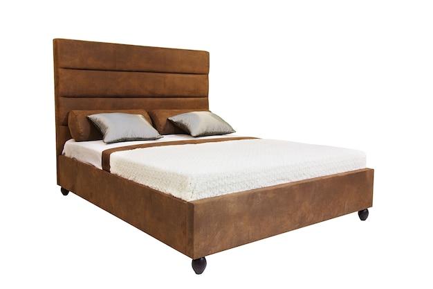 Podwójne łóżko Na Białym Tle Na Białym Tle Premium Zdjęcia
