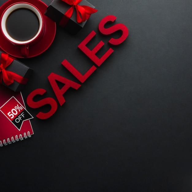 Pojęcie sprzedaży z kawą i kopii przestrzenią Darmowe Zdjęcia