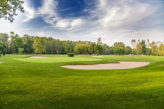 Pole golfowe Premium Zdjęcia