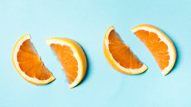 Pomarańczowe Plastry Umieszczone W Parach Darmowe Zdjęcia