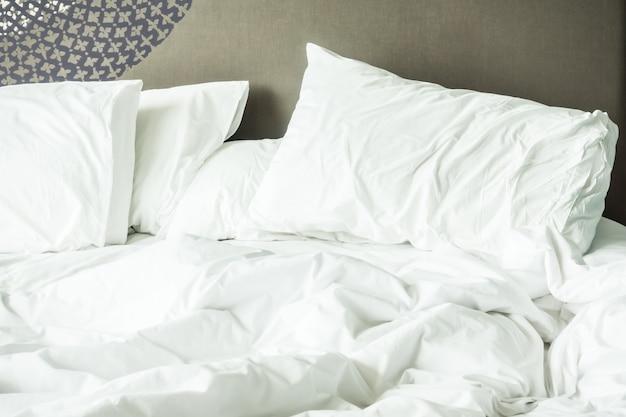 Popsute łóżko Darmowe Zdjęcia