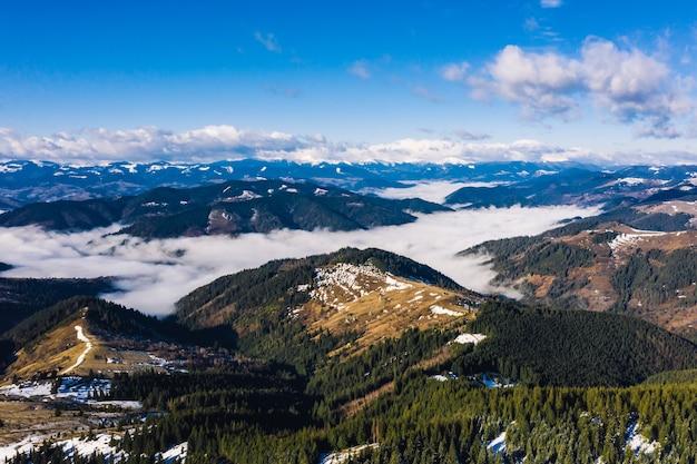 Poranek W Górach. Karpaty, Ukraina, Europa świat Piękna Darmowe Zdjęcia