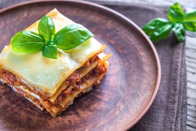 Porcja Klasycznej Lasagne Premium Zdjęcia