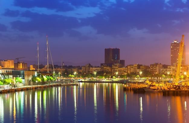 Port W Barcelonie Rano Darmowe Zdjęcia