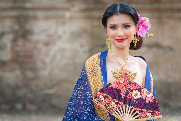 Portret Azjatyckich Kobiet Premium Zdjęcia