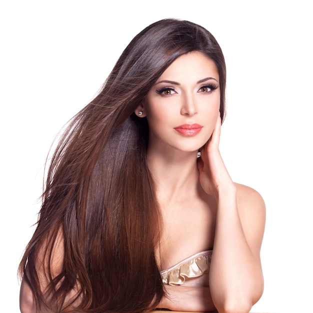 Portret Pięknej Białej Kobiety Z Długimi Prostymi Włosami Darmowe Zdjęcia