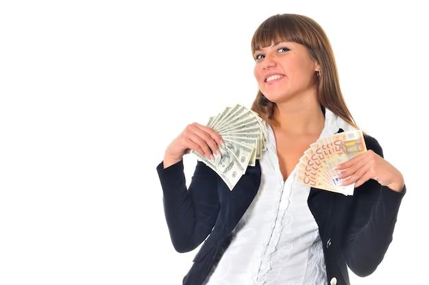 Portret Uśmiechniętej Białej Kobiety Rasy Białej Wygrywa I Dostaje Pieniądze W Gotówce Premium Zdjęcia