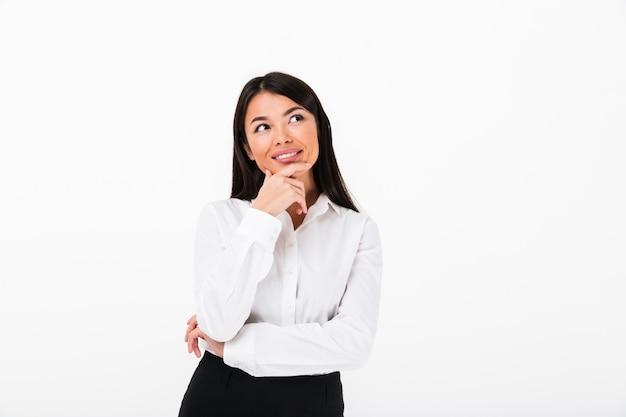Portret Uśmiechnięty Azjatykci Bizneswomanu Główkowanie Darmowe Zdjęcia