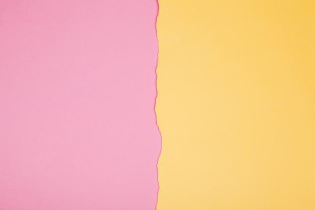 Poszarpane krawędzie papieru w tle Darmowe Zdjęcia