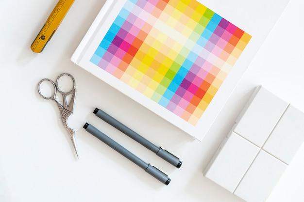 Próbki kolorów z koncepcją markerów biurkowych Darmowe Zdjęcia