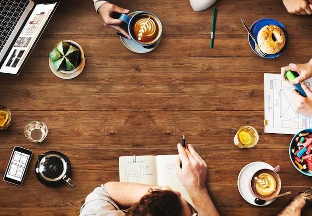 Projektowanie Stron Internetowych Team Working Planning Website Concept Darmowe Zdjęcia