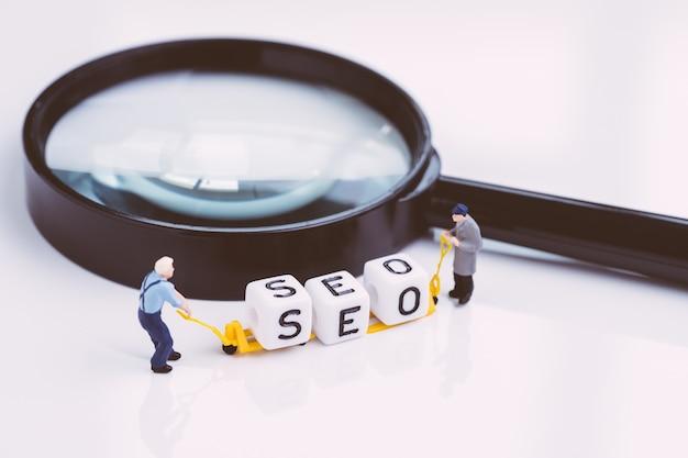 Promocja Strony Internetowej, Koncepcja Seo I Odkrycia Społecznego Premium Zdjęcia
