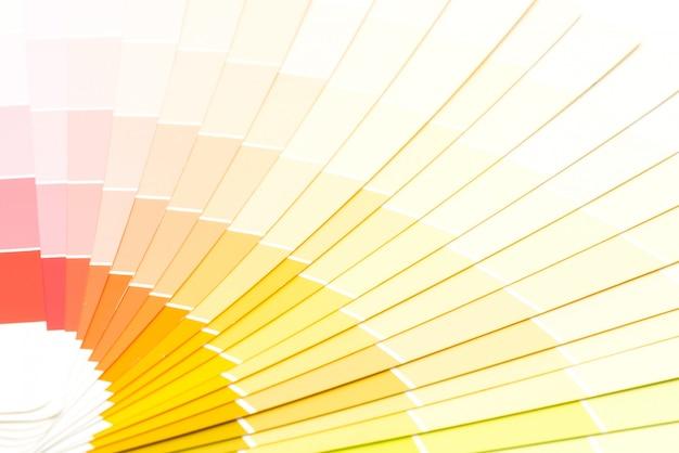 Przykładowy katalog kolorów pantone tło Premium Zdjęcia