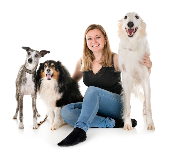 Psy I Kobieta Premium Zdjęcia