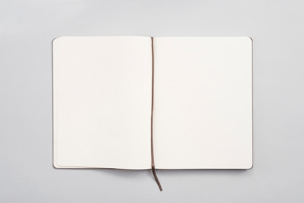 Pulpit Biurowy Z Notebookiem Darmowe Zdjęcia