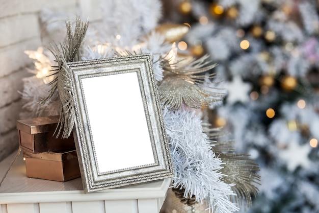 Pusta Ramka Na Zdjęcia W Ozdoby świąteczne Premium Zdjęcia