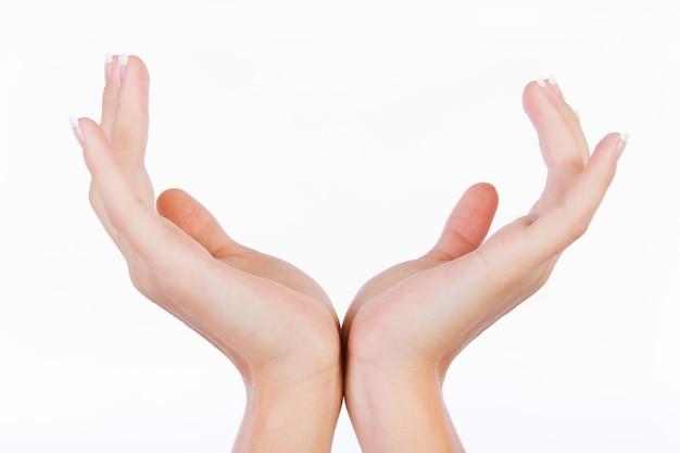 Puste Ręce Kobiety Samodzielnie Na Białym Tle Darmowe Zdjęcia