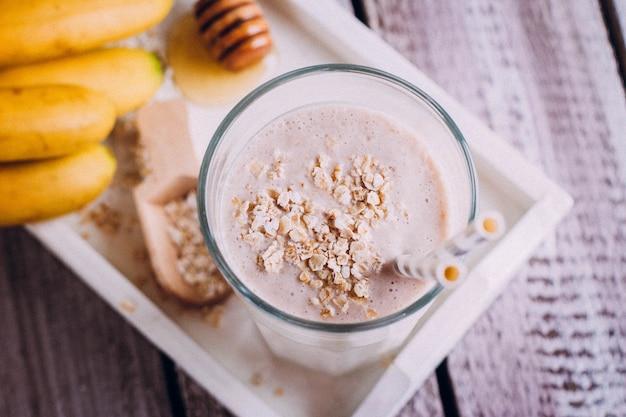 Pyszne zdrowe śniadanie lub przekąska Premium Zdjęcia