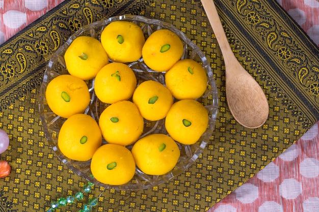Rajbhog sweet food Premium Zdjęcia