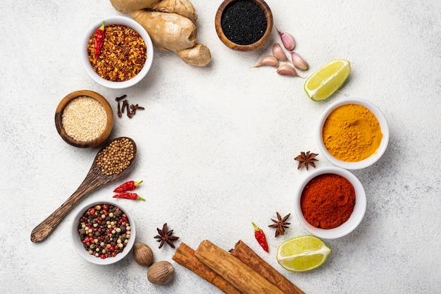 Rama leżała płaskie azjatyckie jedzenie składników Darmowe Zdjęcia