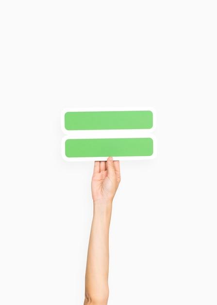 Ręka Trzyma Równy Symbol Darmowe Zdjęcia